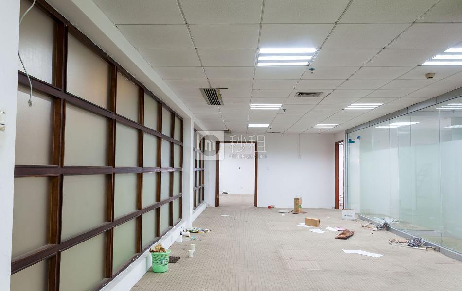 闽泰大厦写字楼出租300平米精装办公室100元/m².月