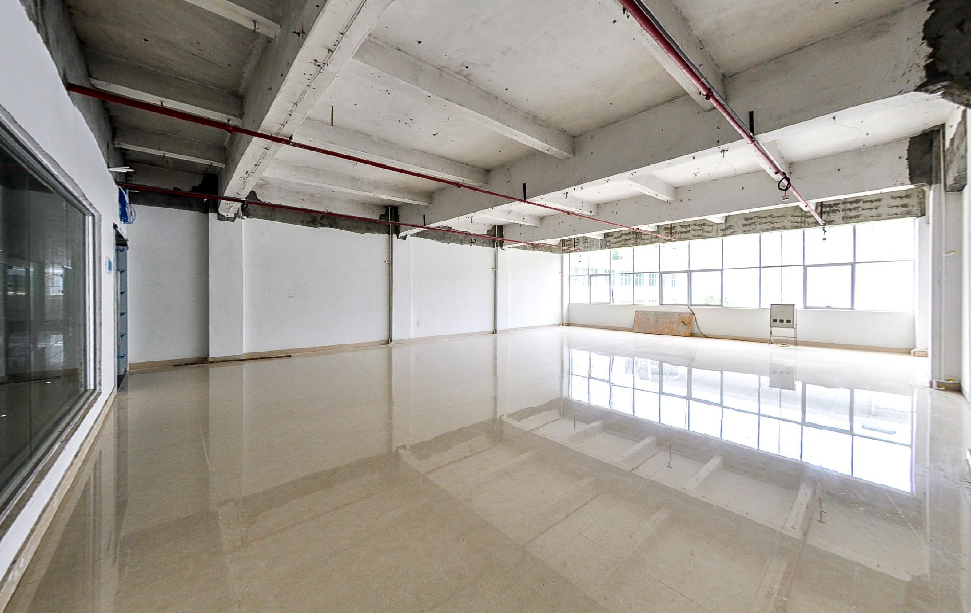 渡创云谷写字楼出租131平米简装办公室32元/m².月