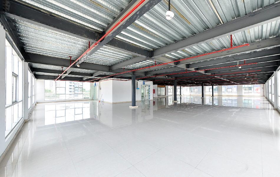 渡创云谷写字楼出租112平米精装办公室36元/m².月