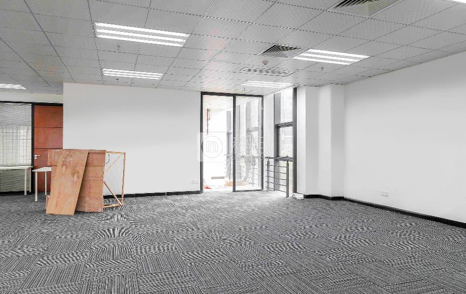 九洲电器大厦写字楼出租200平米精装办公室130元/m².月