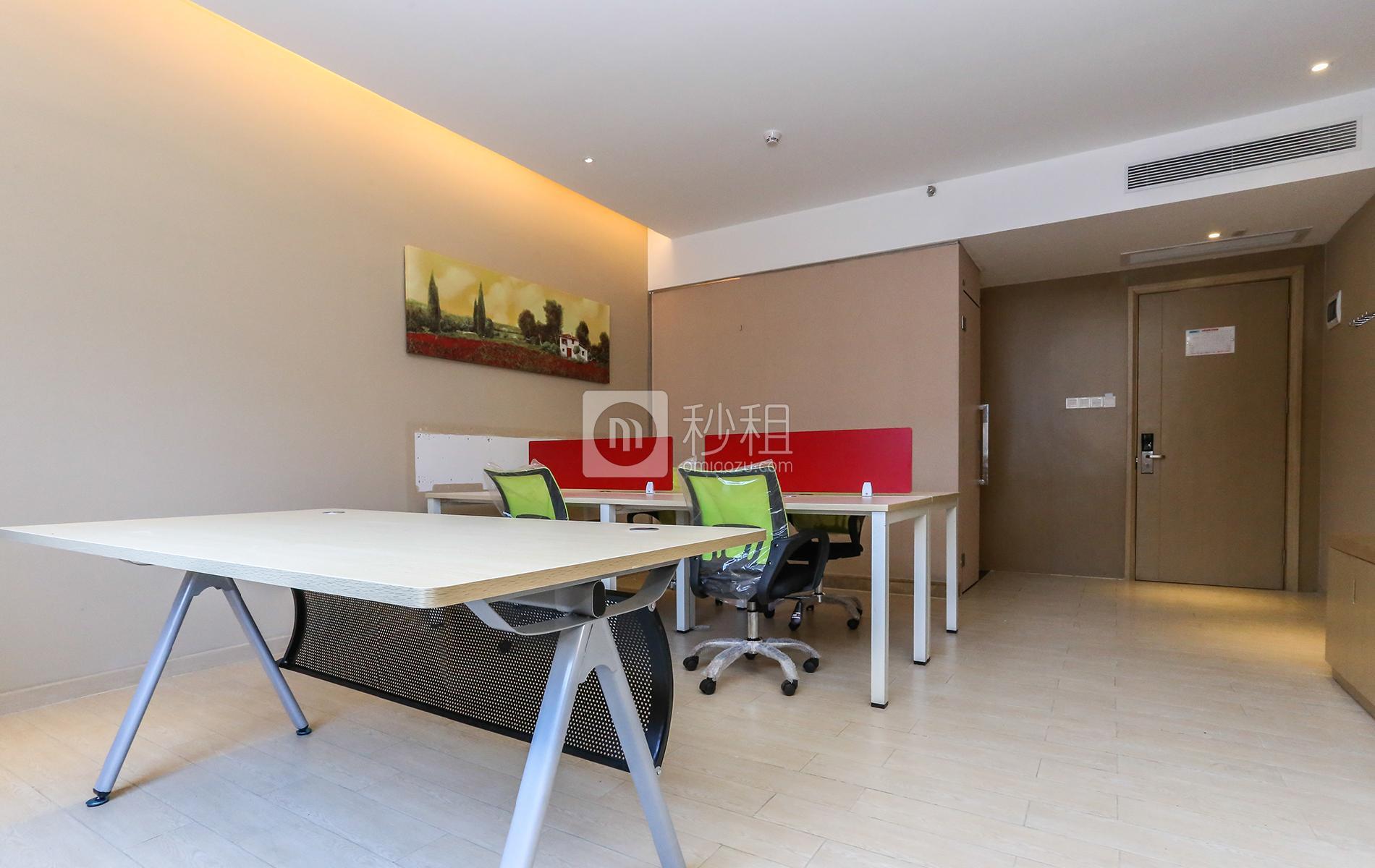 大运软件小镇-北航天汇孵化器写字楼出租50平米精装办公室4000元/间.月