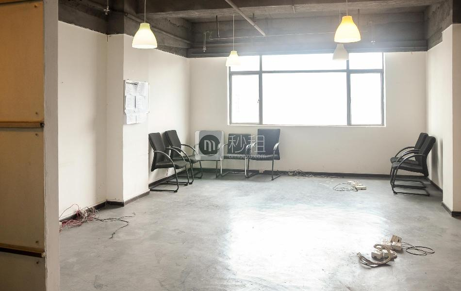 富海大厦写字楼出租120平米简装办公室110元/m².月