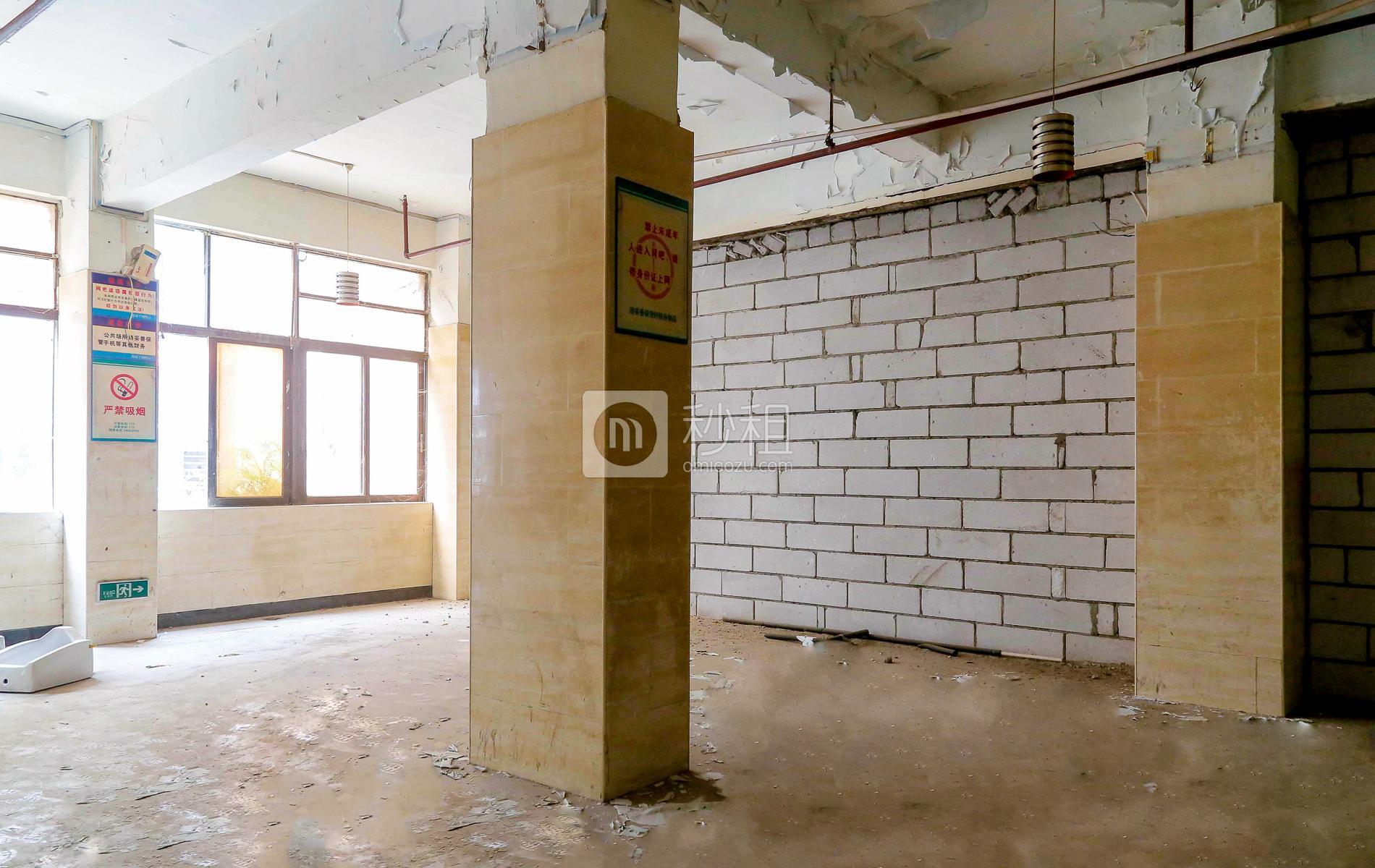 恒通工业城写字楼出租200平米毛坯办公室21元/m².月