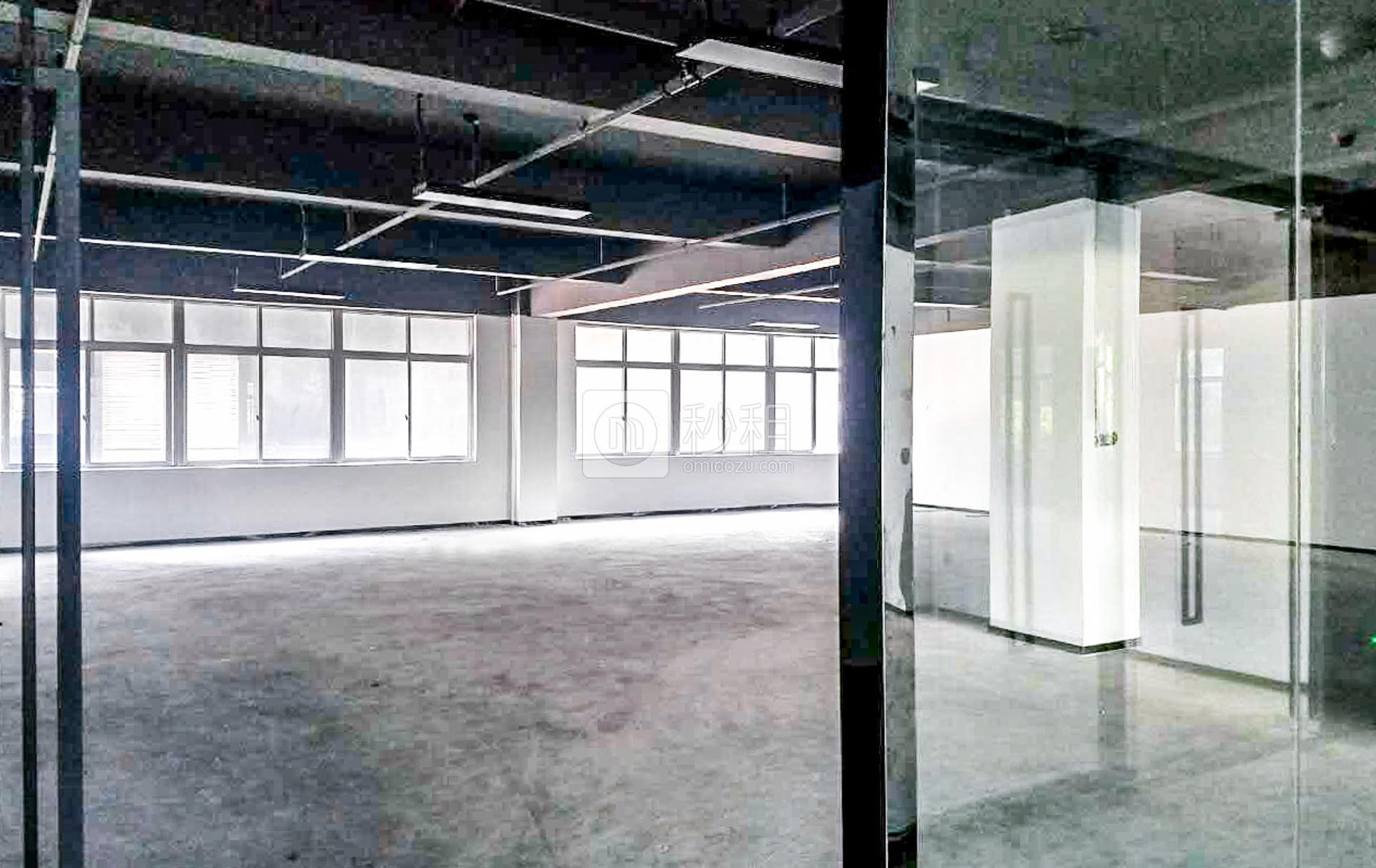 坂田国际中心写字楼出租201平米精装办公室65元/m².月