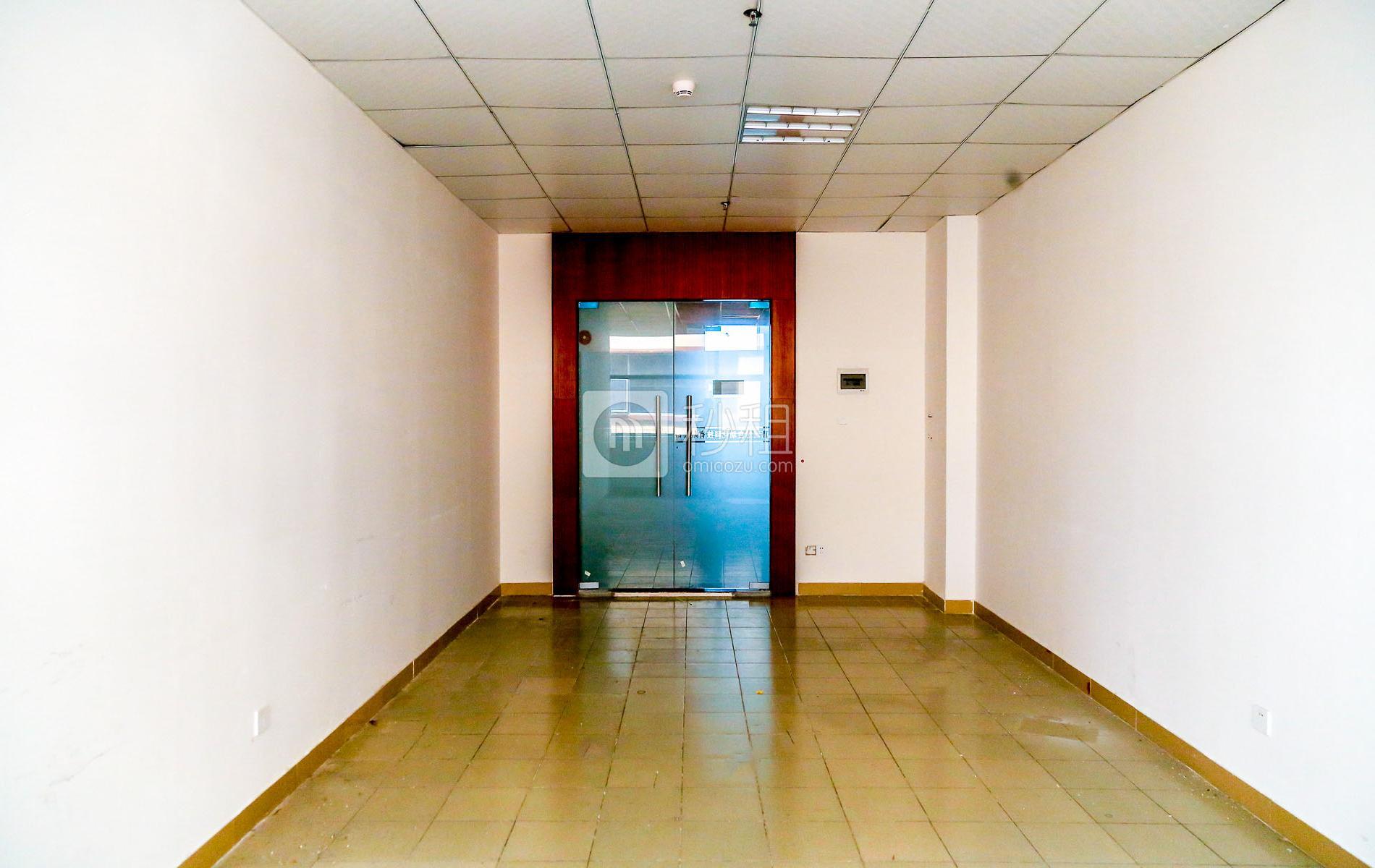国汇通商务中心写字楼出租90平米精装办公室50元/m².月