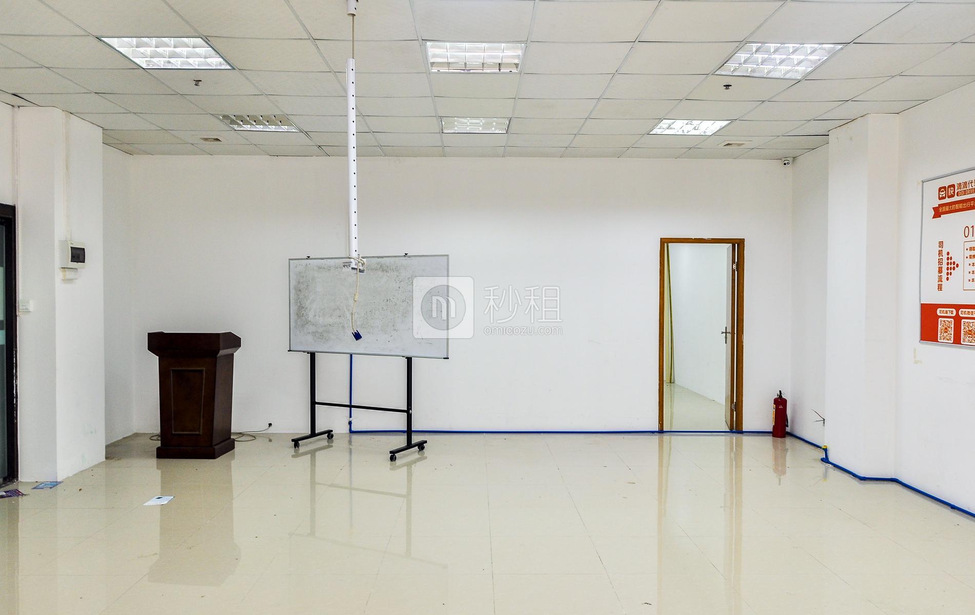 乐天大厦写字楼出租158平米简装办公室90元/m².月
