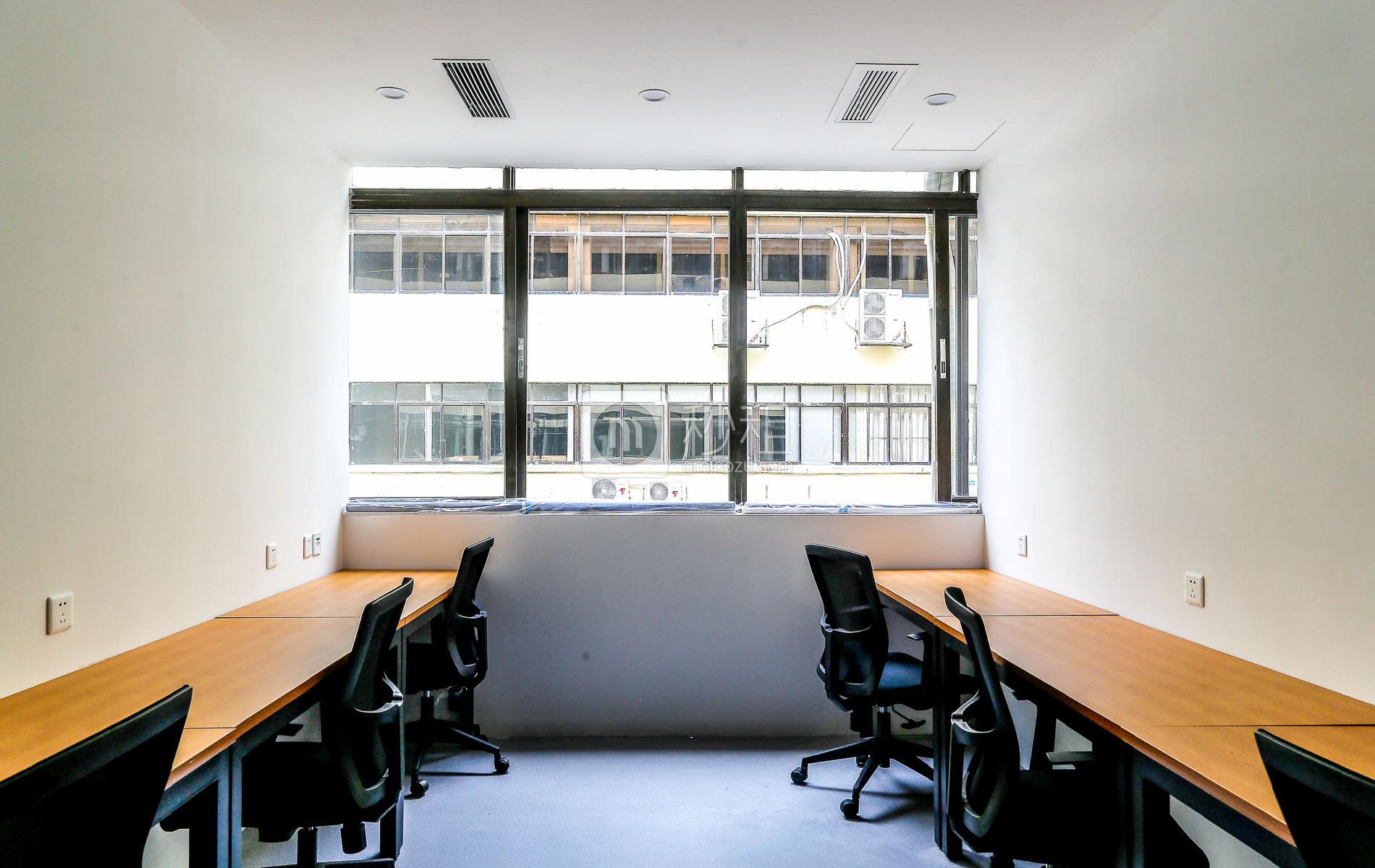 沛鸿大厦-小样青年社区写字楼出租20平米精装办公室7200元/间.月