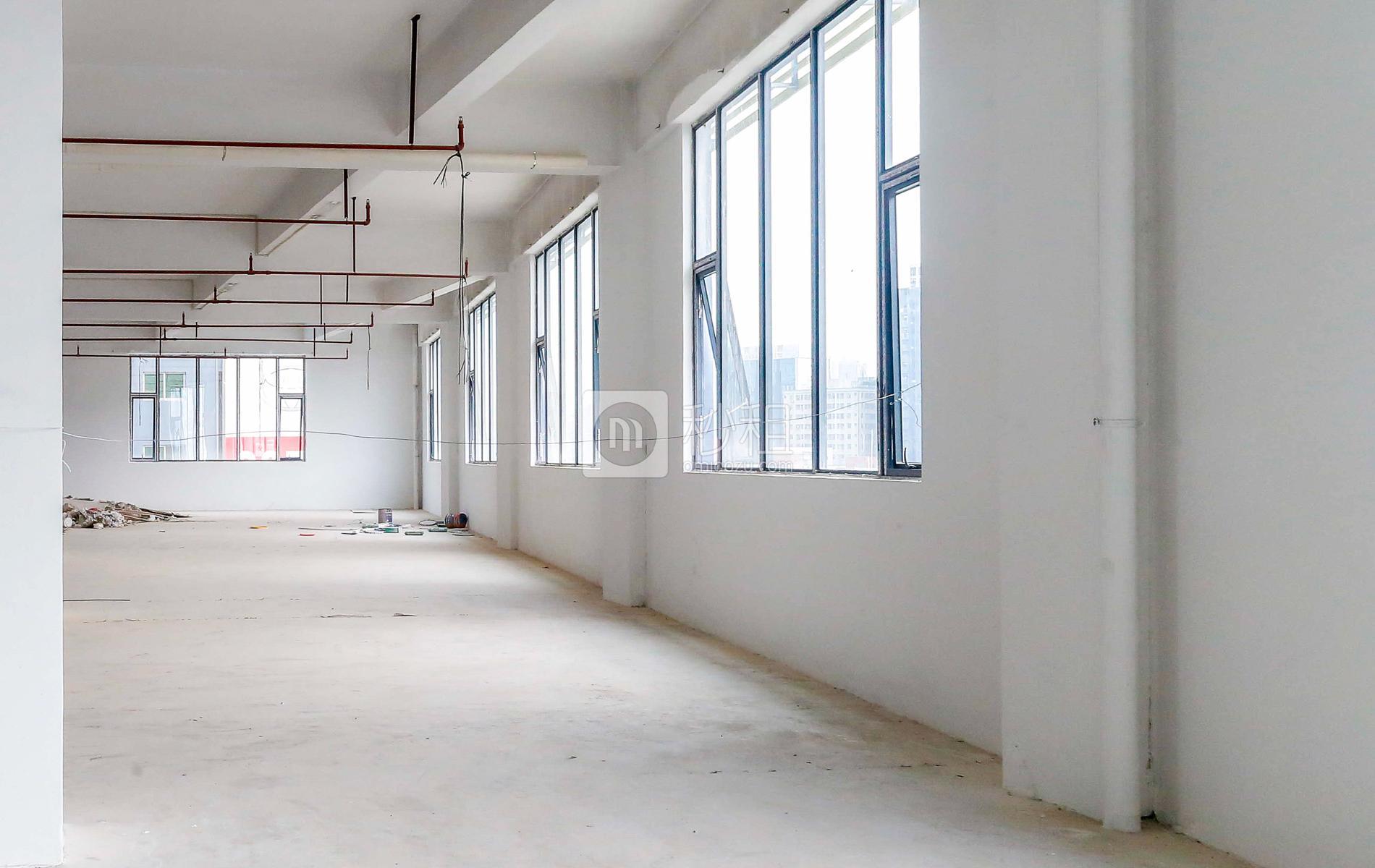 大众创谷写字楼出租220平米简装办公室43元/m².月