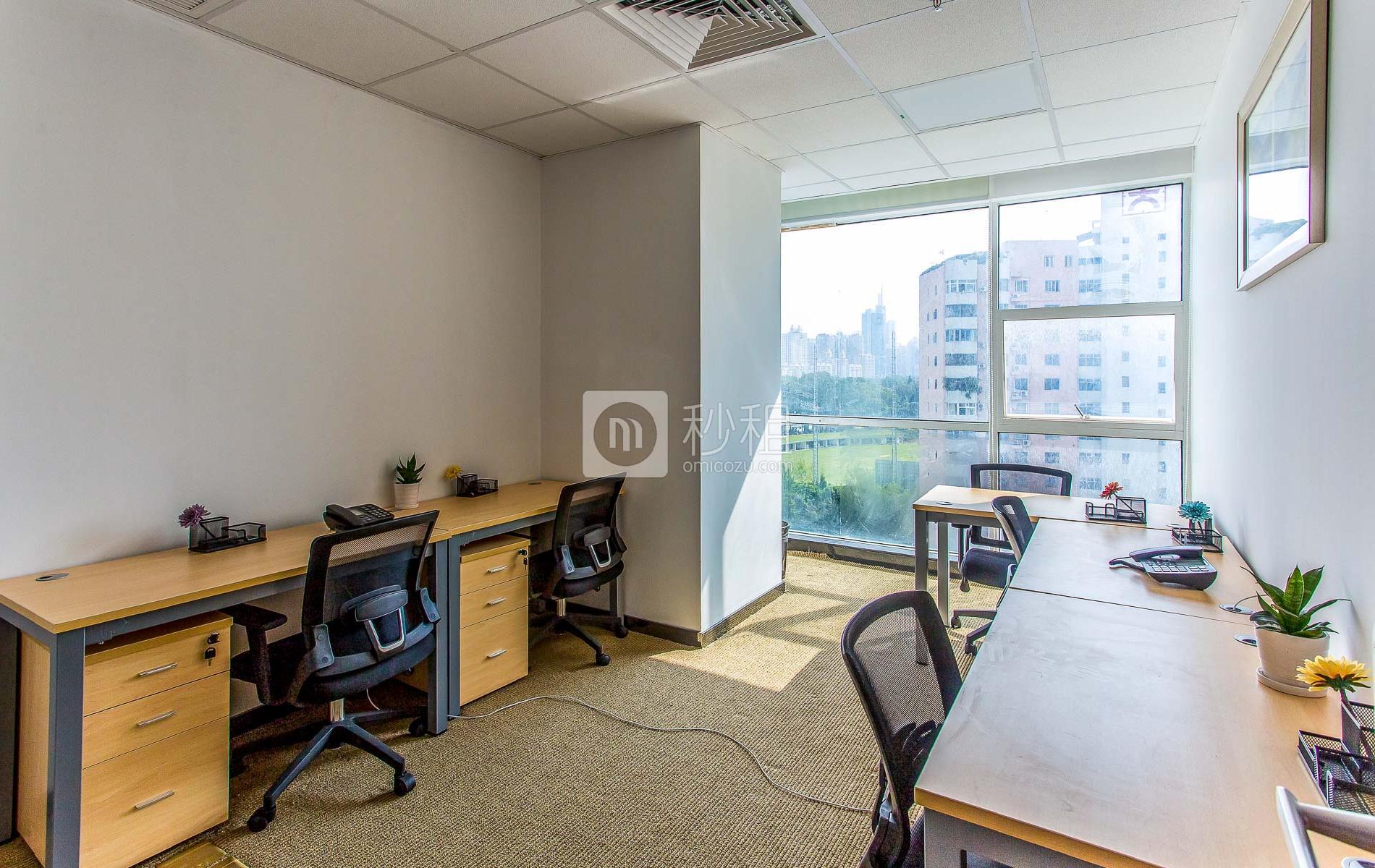 创新科技广场一期-服客师商务中心写字楼出租23平米精装办公室5600元/间.月