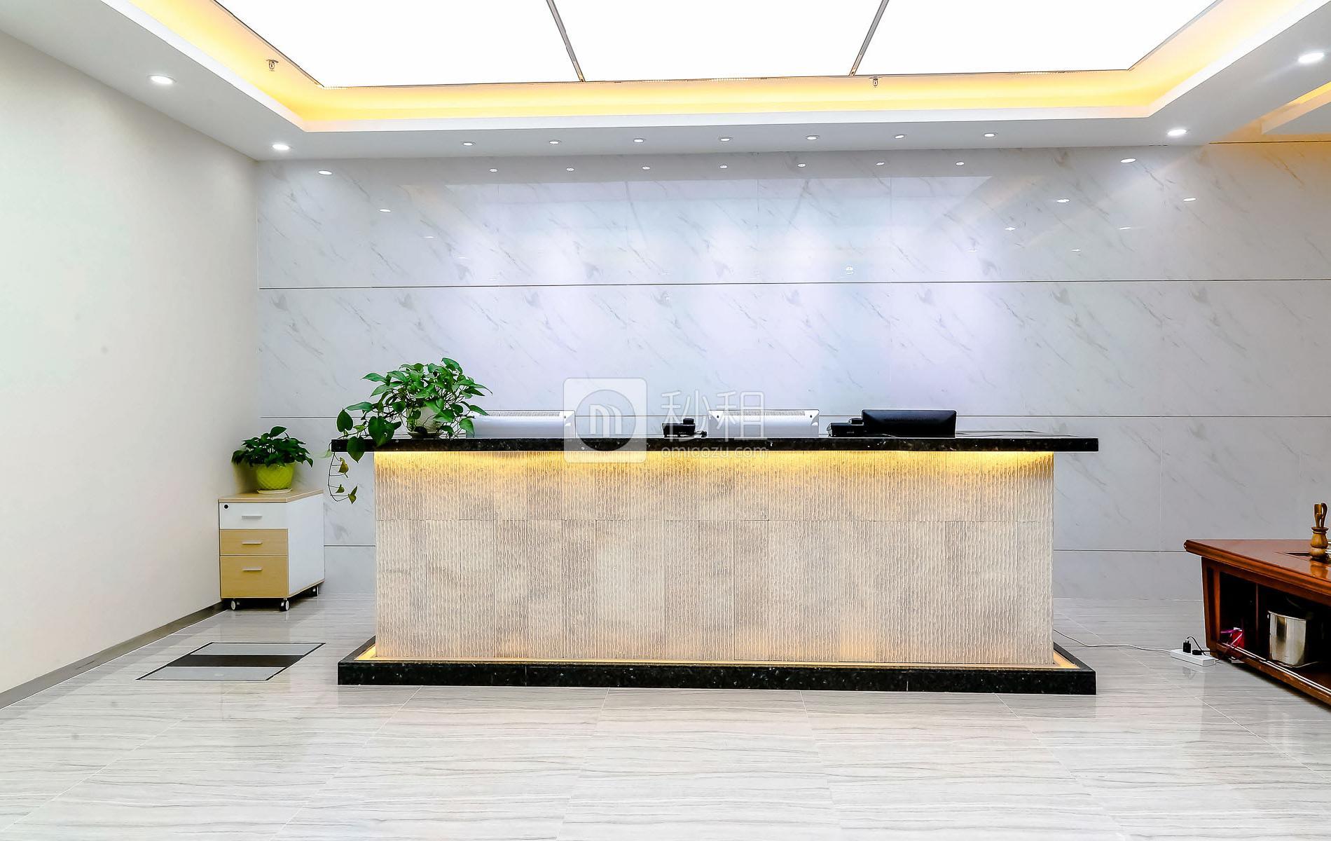 和黄世纪汇广场写字楼出租358平米豪装办公室180元/m².月