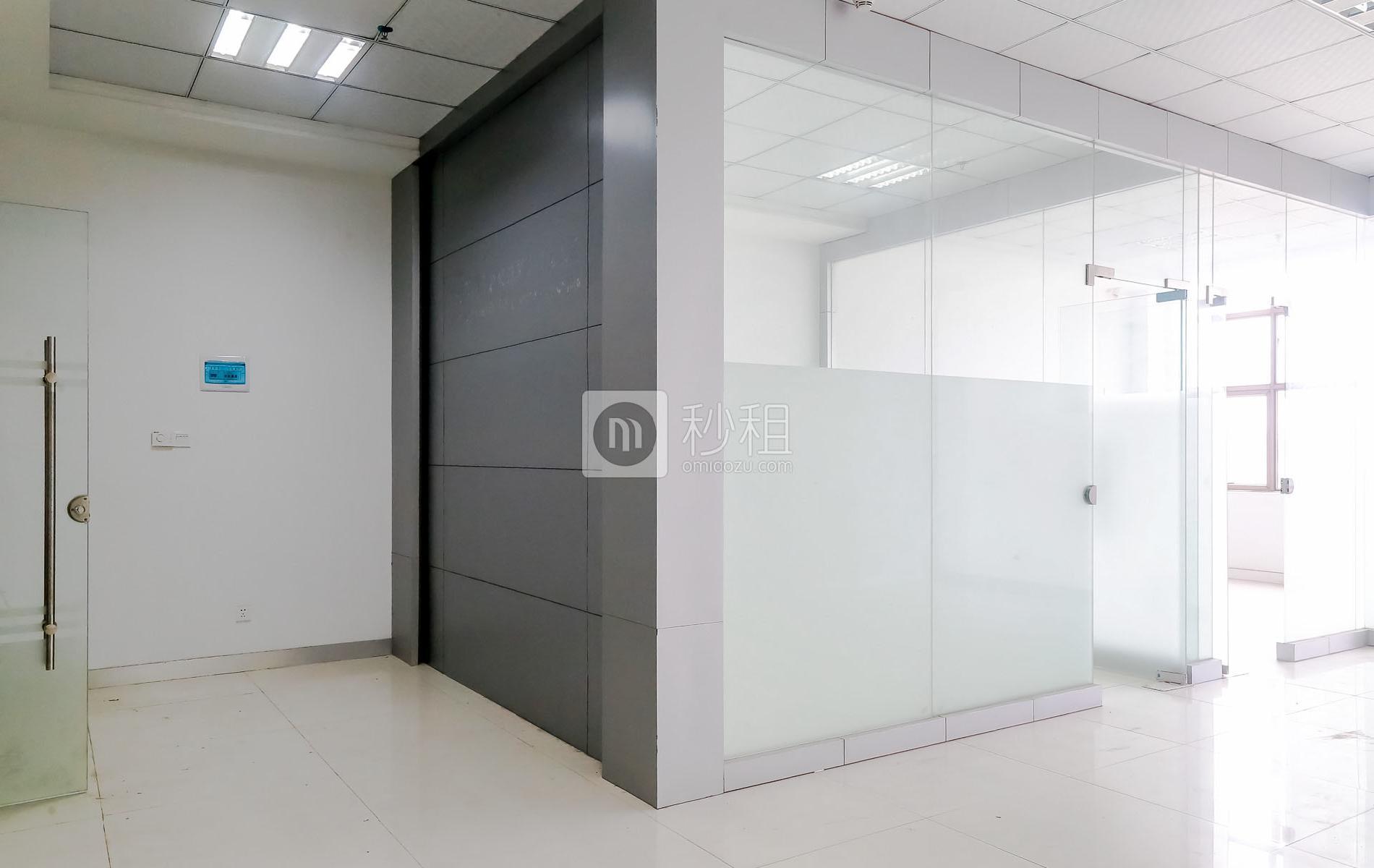 港之龙商务中心写字楼出租110平米精装办公室88元/m².月