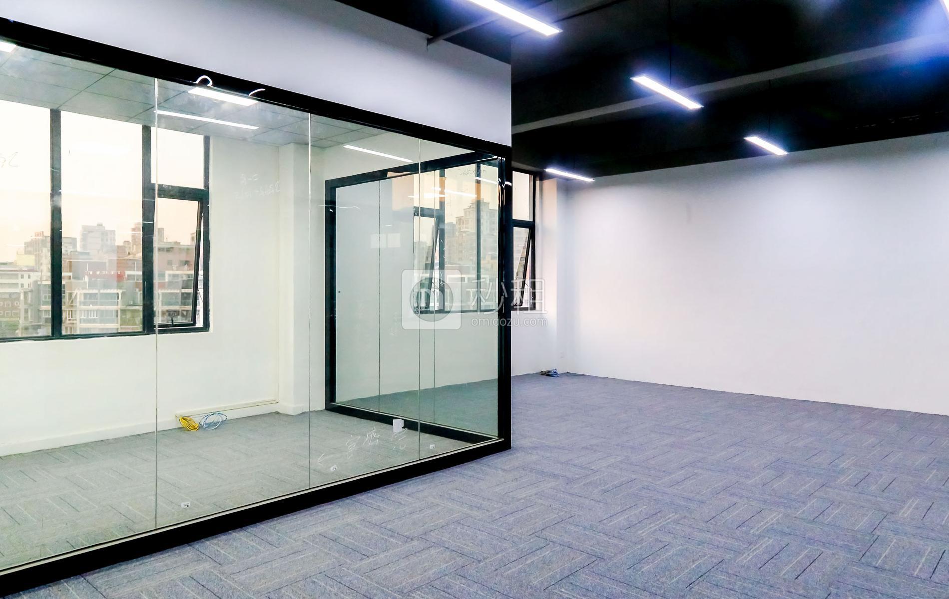 大众创业园写字楼出租219平米简装办公室43元/m².月