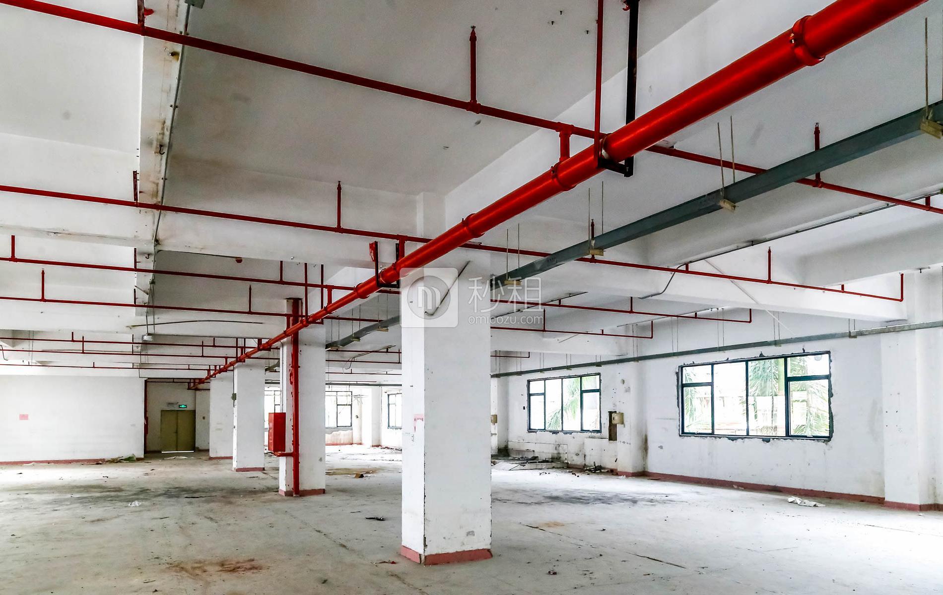 南山睿园写字楼出租178平米毛坯办公室61元/m².月