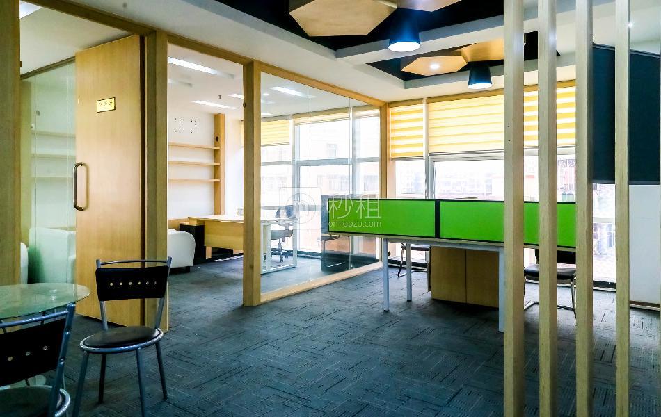 展润大厦写字楼出租83平米精装办公室50元/m².月