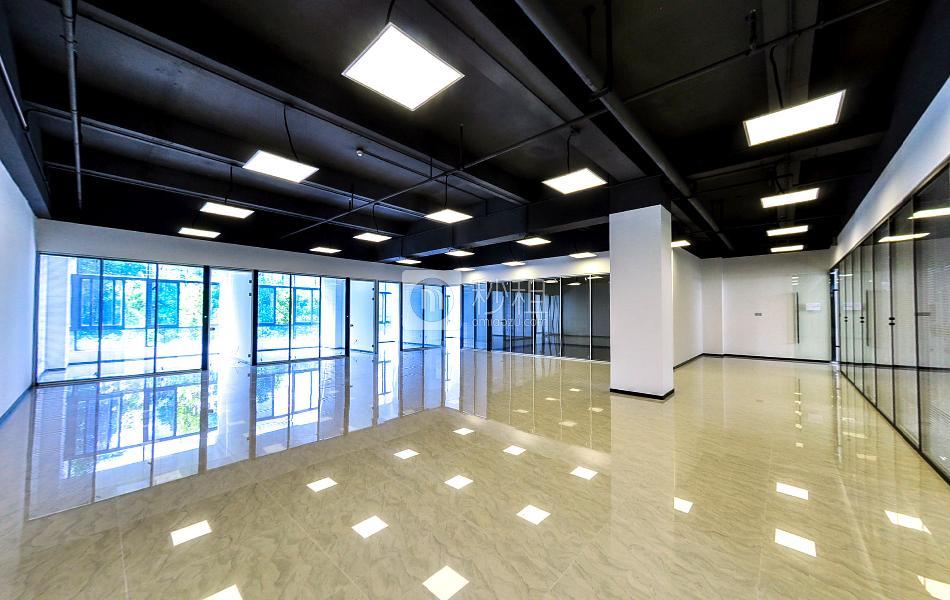 盛世同诚大厦写字楼出租288平米精装办公室75元/m².月