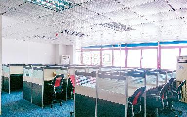 宝龙大厦写字楼出租300平米精装办公室46元/m².月