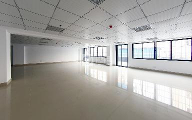 创兴达商务大厦写字楼出租170平米精装办公室48元/m².月