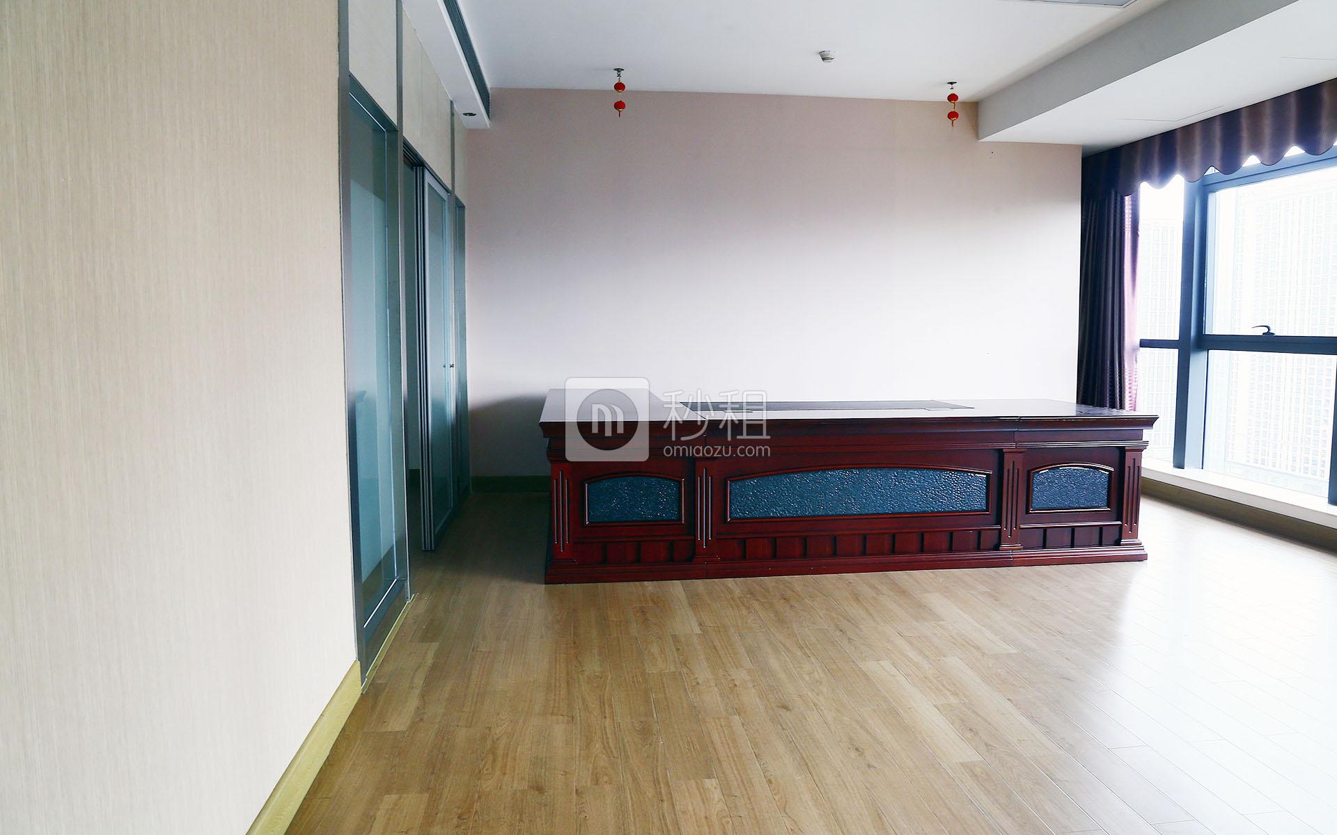凯达尔集团中心大厦写字楼出租133平米精装办公室119元/m².月